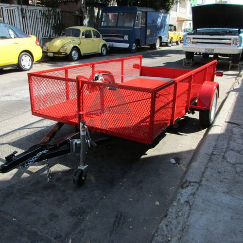 Plataforma movible para elevadora industrial con barandal en metal desplegado y winch frontal
